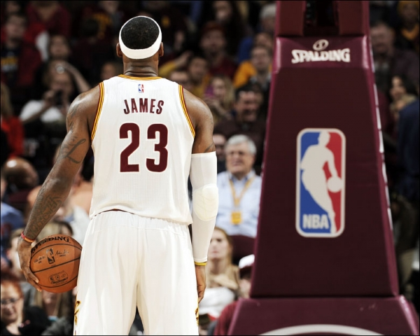 LeBron James at the free throw line