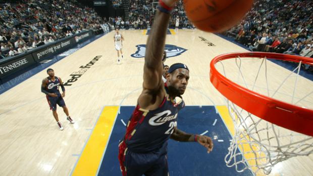 LeBron James 51 points against the Memphis Grizzlies