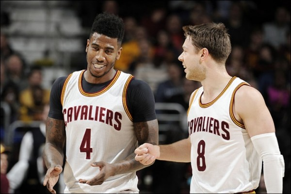 Iman Shumpert and Matthew Dellavedova