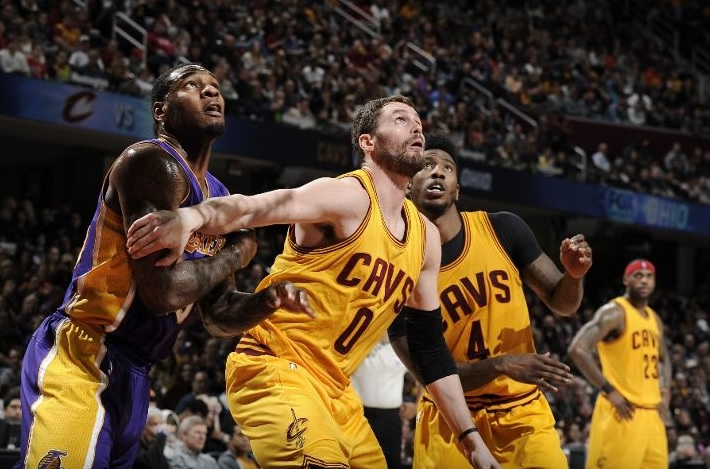 Kevin Love vs. Los Angeles Lakers on February 8, 2015