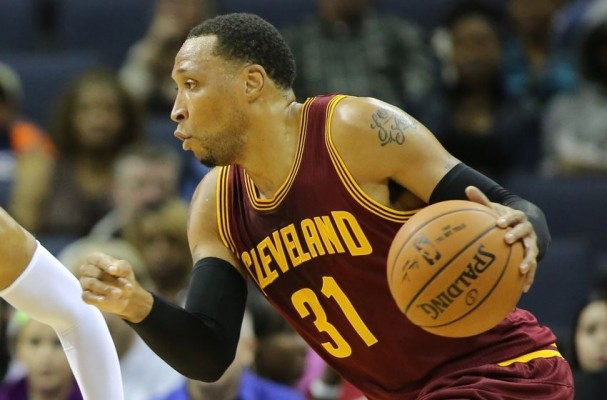 Shawn Marion Dribbling
