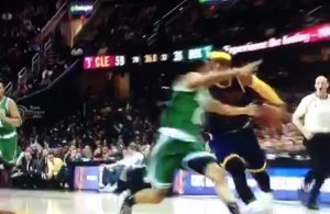 Video: LeBron James with the FILTHY behind-the-back move on Avery Bradley