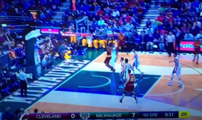 Video: LeBron Splits the Defense and Throws Down the Vicious Two-Hander