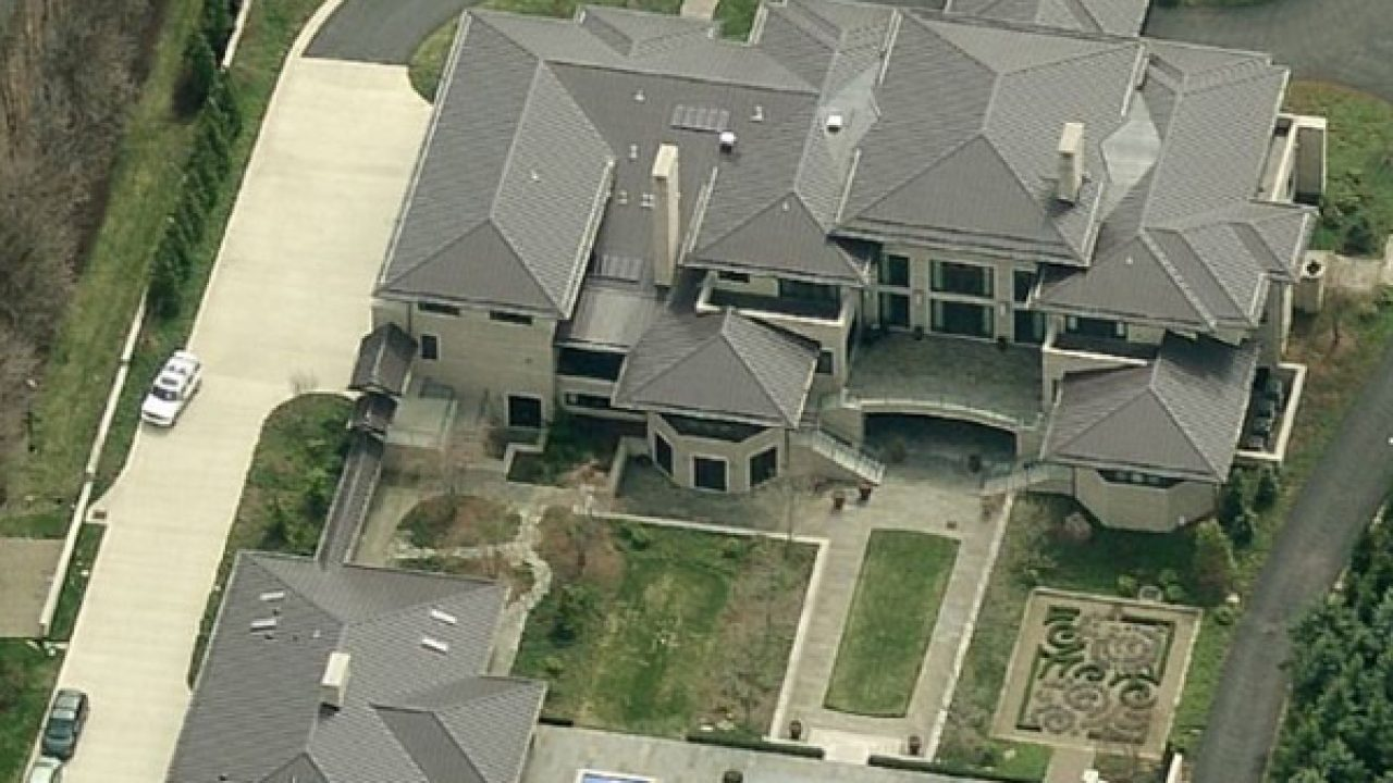 An Exclusive Look At Lebron S 9 2 Million Ohio Mansion Full Gallery Inside Cavaliers Nation