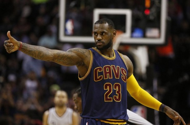 Cavs News: LeBron James (Knee) Will Play Tonight vs. Heat