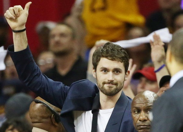 Cavs News: Kevin Love Cleared to Travel with Team