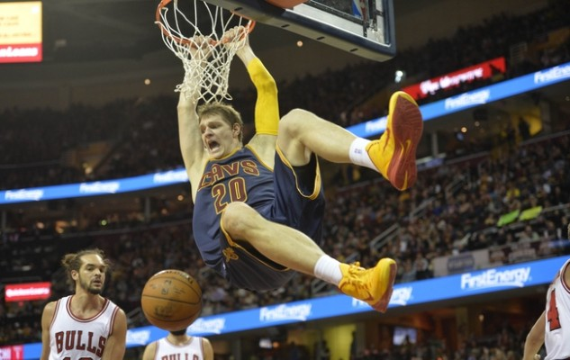 Timofey Mozgov vs. Chicago Bulls on April 5, 2015