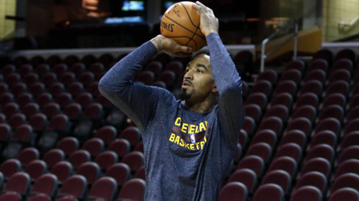 J.R. Smith warming up on the Cavs