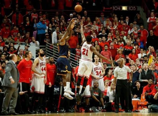 LeBron vs. Chicago Bulls