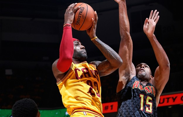LeBron James vs. Atlanta Hawks on October 7, 2015