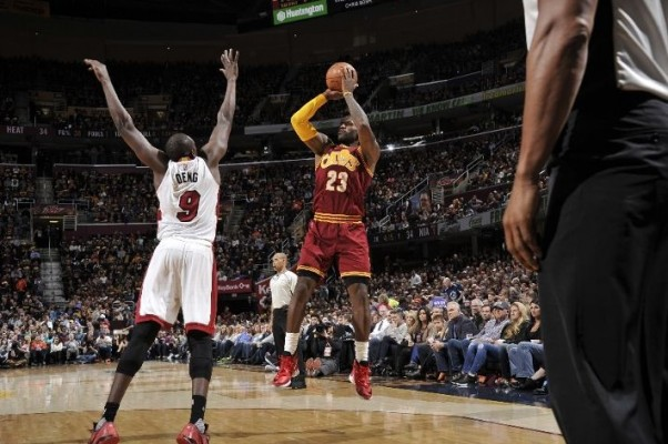 LeBron James vs. Miami Heat -- October 30, 2015