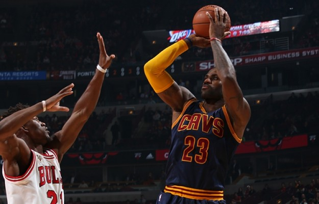 LeBron James vs. Chicago Bulls on October 27, 2015