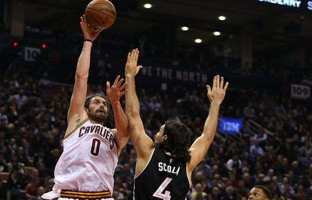 Kevin Love vs. Toronto Raptors on November 25, 2015