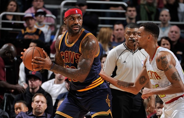 LeBron James vs. Atlanta Hawks on November 21, 2015