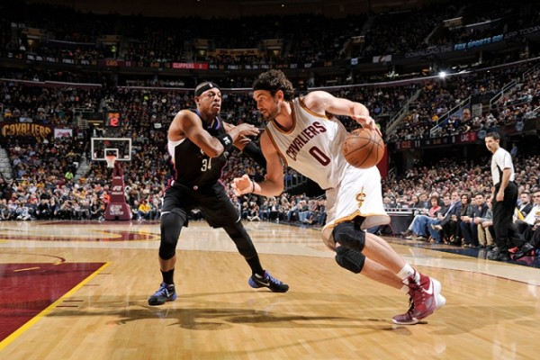 Kevin Love vs. Los Angeles Clippers on January 21, 2016