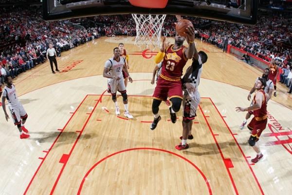 LeBron James vs. Houston Rockets on January 15, 2016
