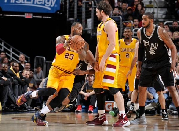 LeBron James vs. San Antonio Spurs on January 30, 2016