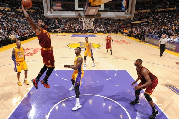 LeBron vs. Los Angeles Lakers on March 10, 2016