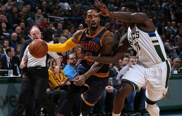 j.r. smith vs. milwaukee bucks