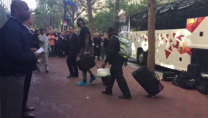 Video: Warriors Fans Wait at Cavs Hotel to Boo LeBron James