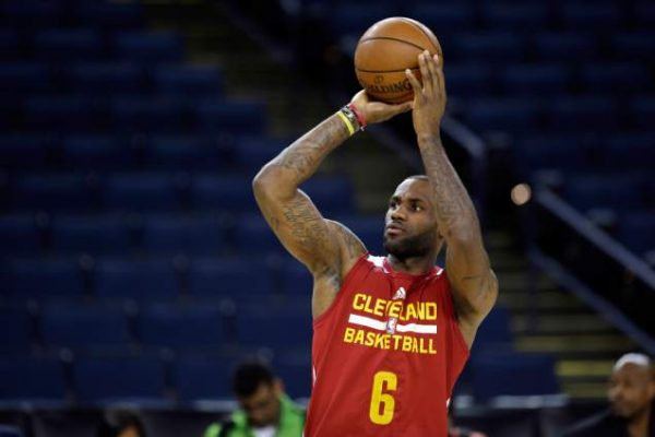 innovative design 4f8e8 9d7a3 Report: LeBron James to Host Pre-Camp Workouts in Los ...