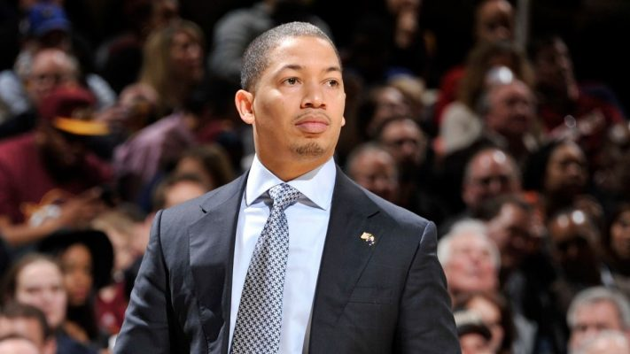 Tyronn Lue Cavs head coach
