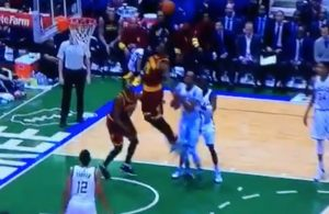 LeBron James Dunk Milwaukee Bucks