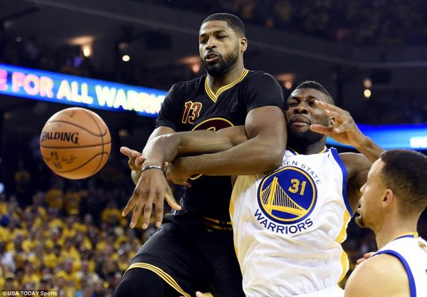 Golden State Warriors face off against the Cleveland Cavaliers