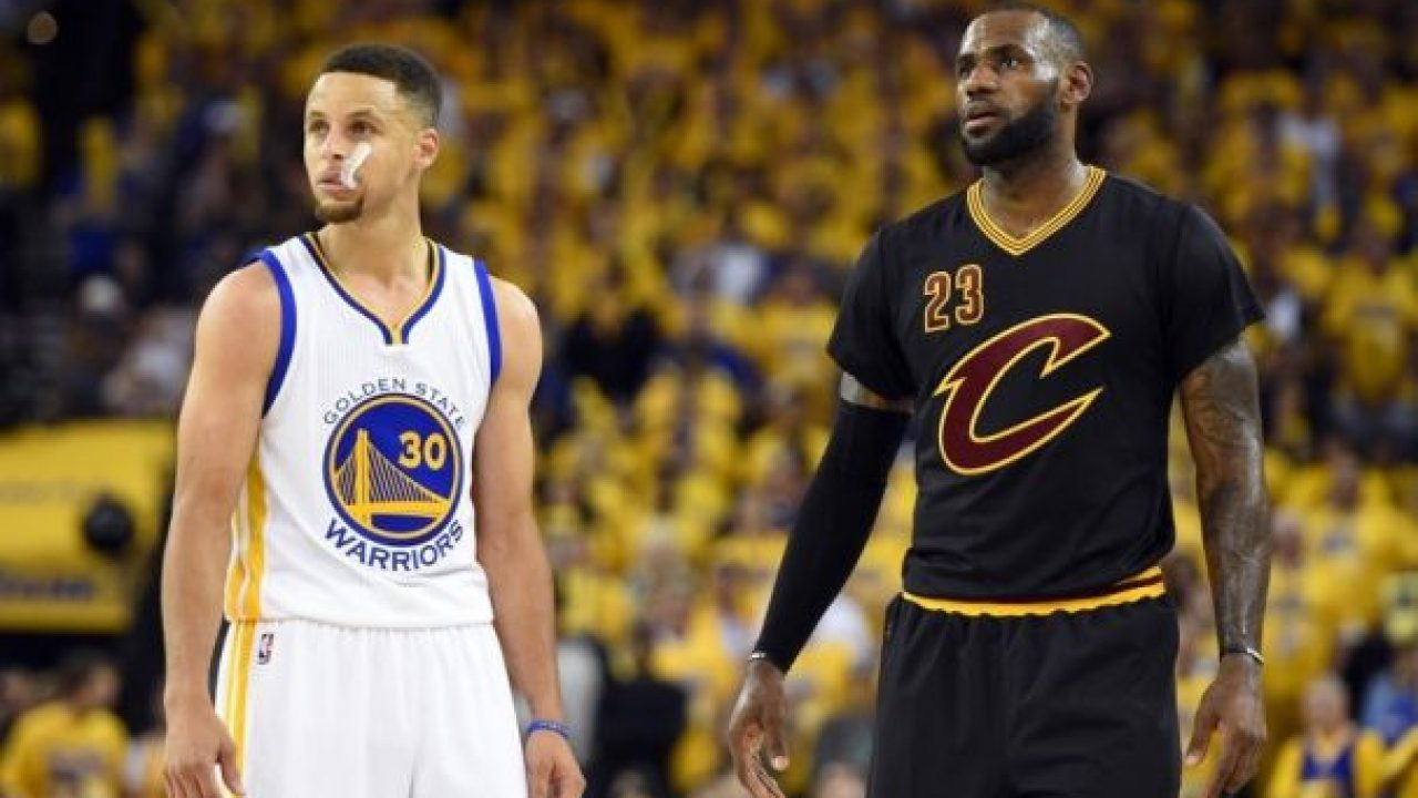detailed look 4b00f 0f704 Stephen Curry Still Has Autographed LeBron James Jersey in ...