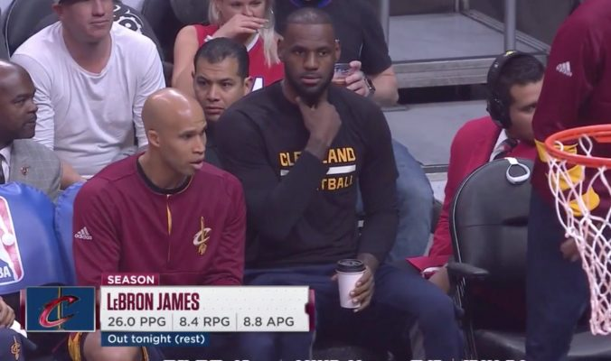 Video: LeBron James Casually Sips Coffee From Bench During Cavs-Clippers Game