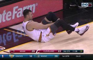 Andrew Bogut Cavs Injury