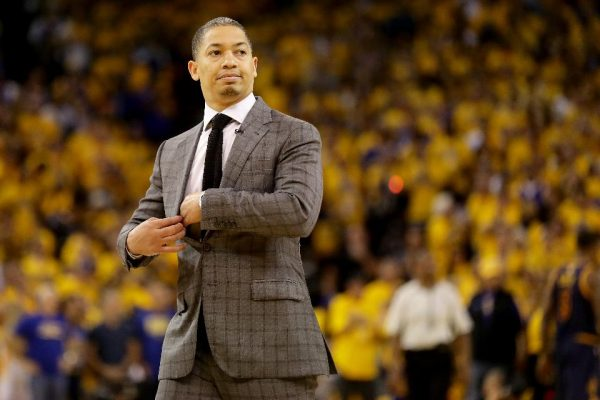 Tyronn Lue Takes Shot at Warriors When Comparing Them to Celtics