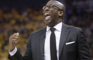 Mike Brown Fires Back at Tyronn Lue's Shot at Golden State Warriors