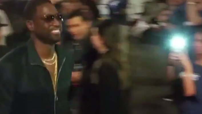 Video: Cavs Fans Try to Recruit Dwyane Wade During Game 4