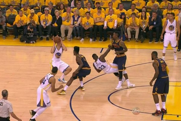 Flawless shot: Durant's late 3 gives Warriors 3-0 Finals lead