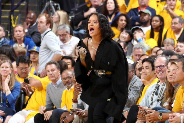 Video: Rihanna With the NSFW Clap Back at Warriors Fans After Game 1