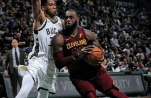 LeBron James Bucks