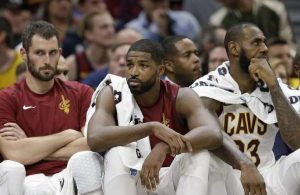 Kevin Love, Tristan Thompson, LeBron James Cavs Bench