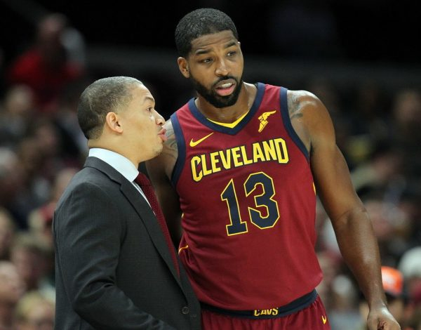 Tyronn Lue and Tristan Thompson