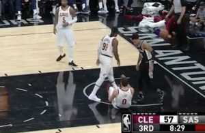 Jae Crowder Ignores Kevin Love Who Gets Hit In Face During Cavs-Spurs Game