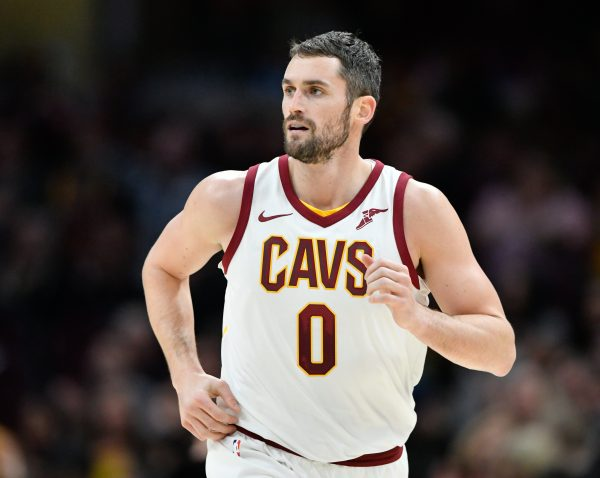 tyronn lue says kevin love needs more touches when offense