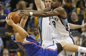 Tony Allen vs. Blake Griffin Defense