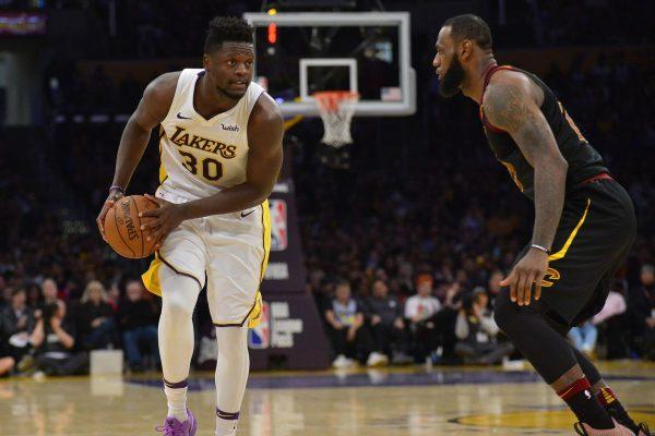 Julius Randle and LeBron James Cavs and Lakers