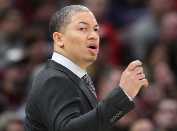 Cavs' Tyronn Lue returning to coaching Friday (AEDT) vs. Wizards