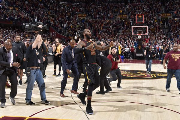 America Is Going Crazy For LeBron James' Latest Buzzer-Beating Three-Pointer