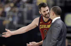 Kevin Love Arguing With Tyronn Lue