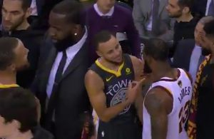 Stephen Curry and LeBron James Cavs Warriors