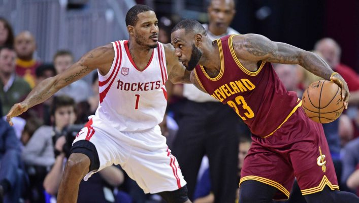 Trevor Ariza and LeBron James Rockets Cavs