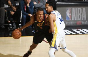 Rodney Hood Shaun Livingston NBA Finals