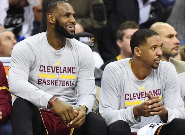 LeBron James and Channing Frye Cavs